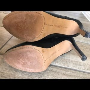 Vince Camuto Shoes - Vince Camuto booties *worn once*